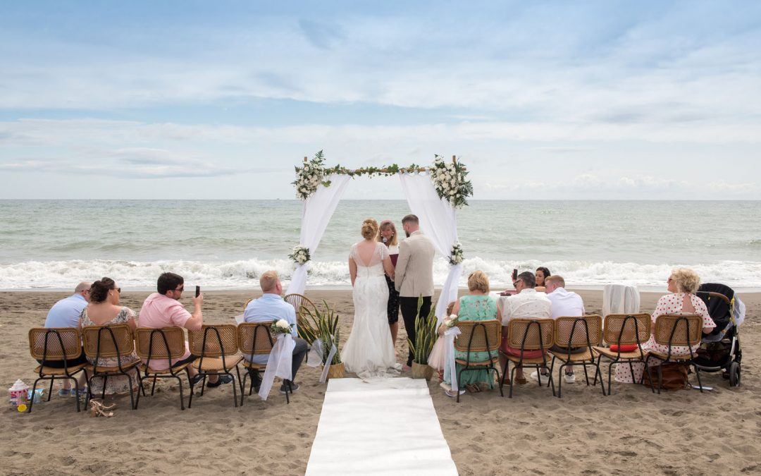 Secrets to a successful small wedding