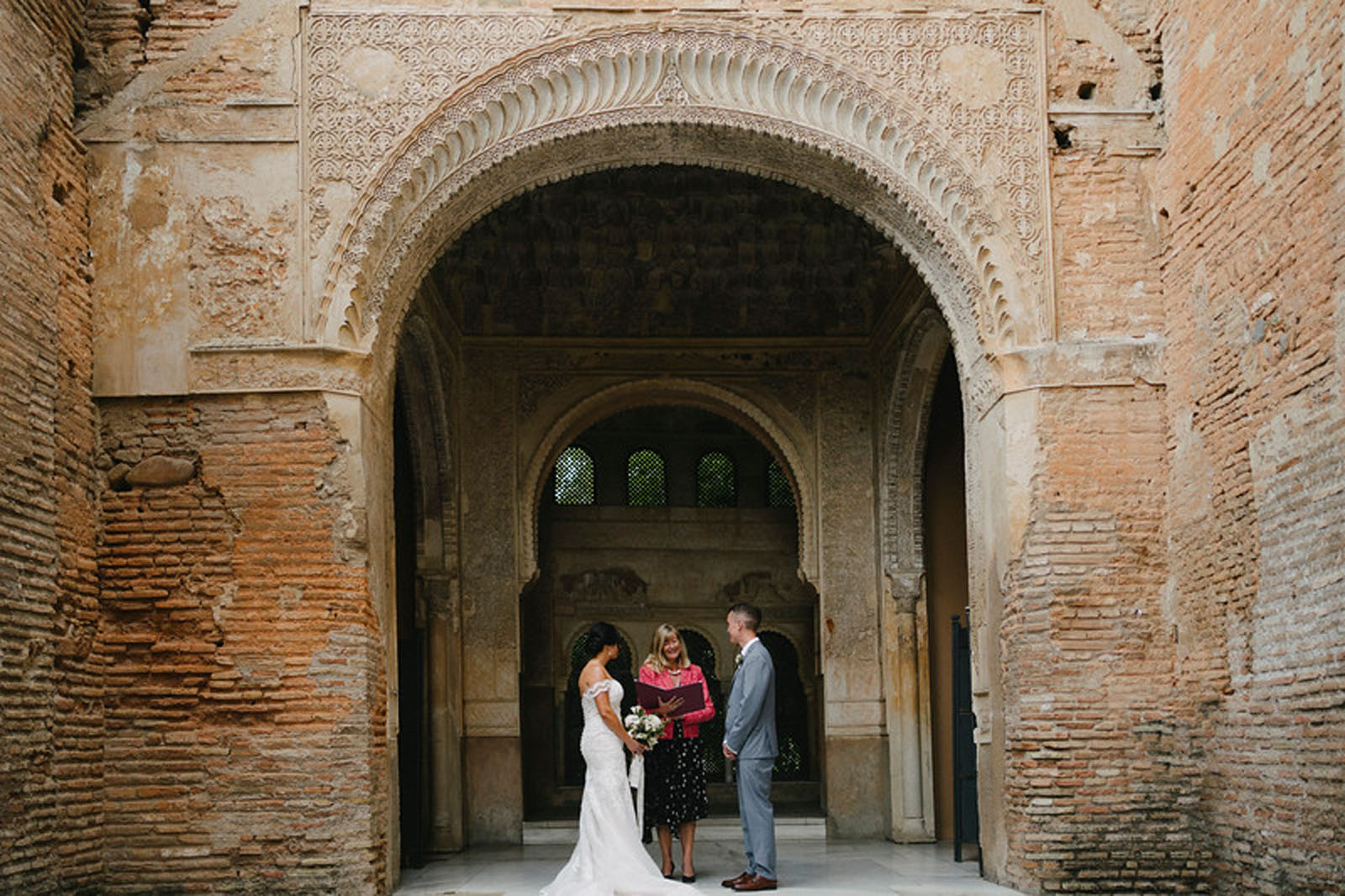 Elopement in Spain at Alhambra palace officiated by Debbie Skyrme photo by Pedro Bellido