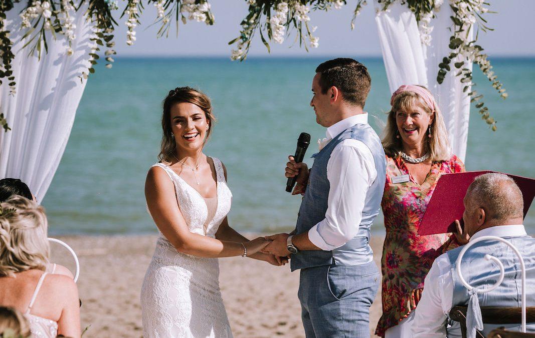 Secrets to a successful small wedding