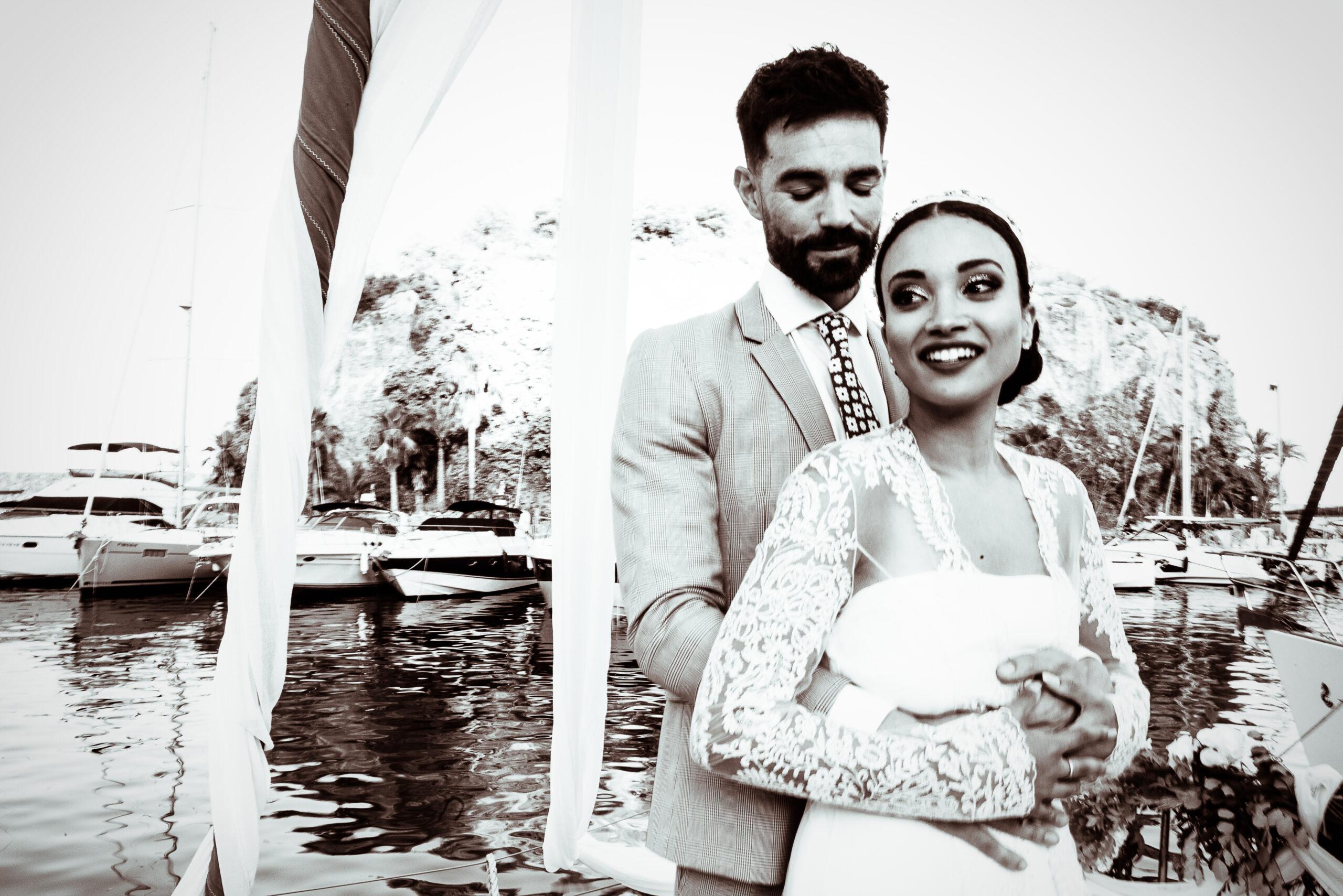 Spanish elopement couple at Marina del Este in La Herradura