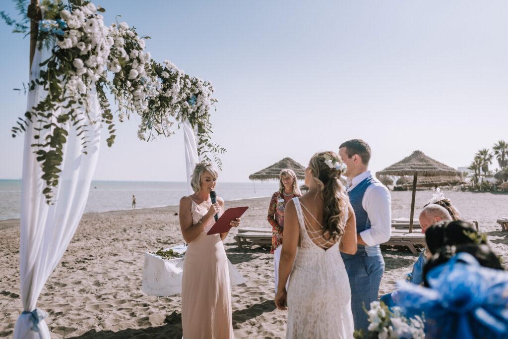 Photo Natasha Ince beach wedding reading