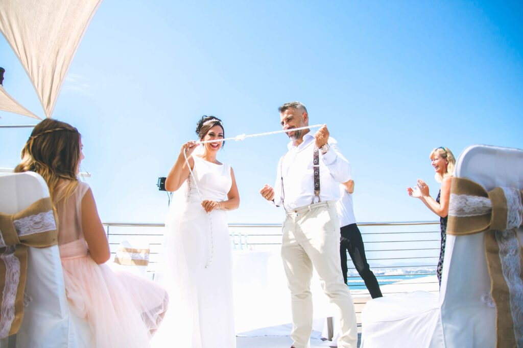 tying the knot in Spain